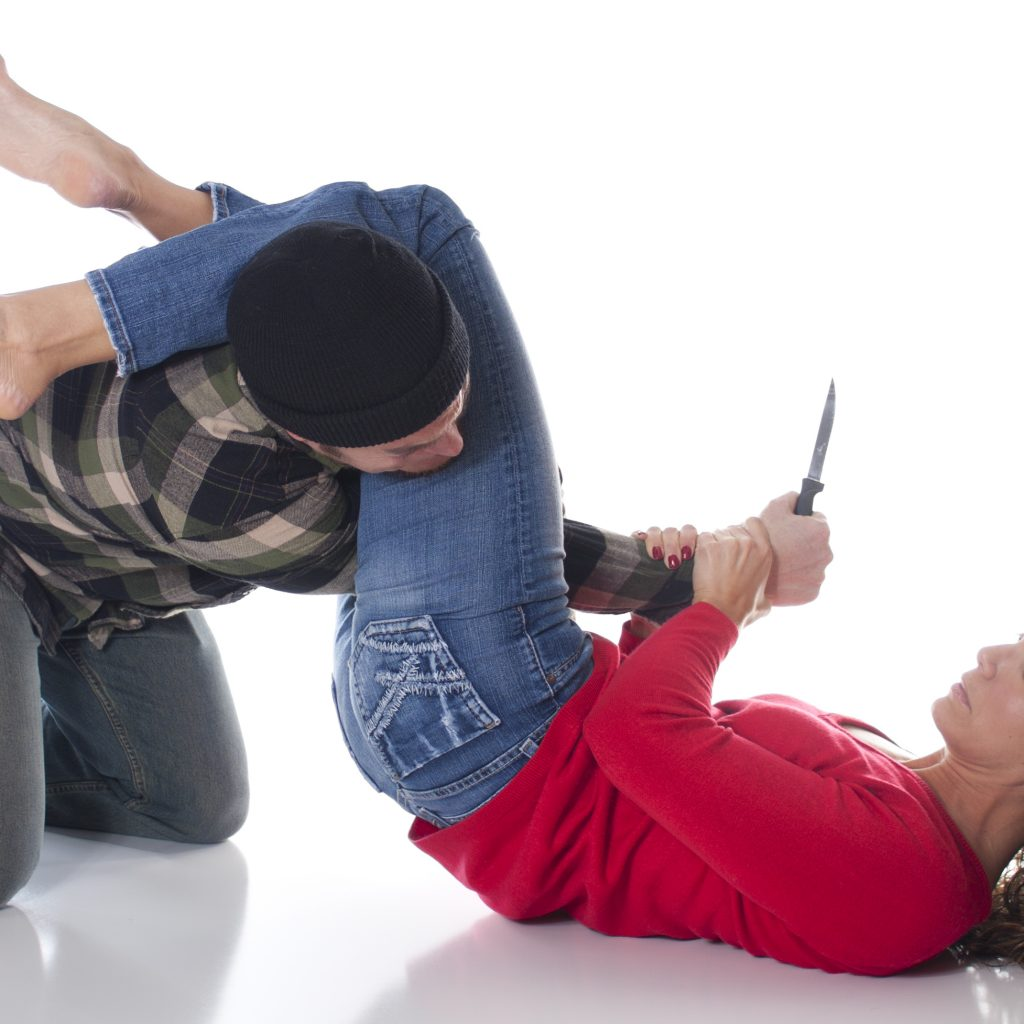 This image has an empty alt attribute; its file name is shutterstock_93964342-grappling-knife-1024x1024.jpg